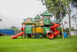 В детской многопрофильной больнице Черкесска появилась игровая площадка