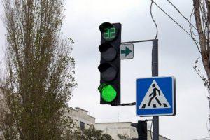 На трассе Черкесск-Домбай установлены новые светодиодные светофоры