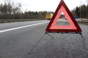 На дороге в КЧР перевернулся автомобиль Kia