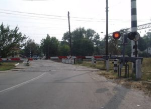 В Черкесске на один день закроют для автомобилей ж/д переезд на улице Доватора